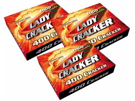Lady Cracker:   400 Schuss Packung    Rasanter Knallteppich mit neuer Pulvermischung  1